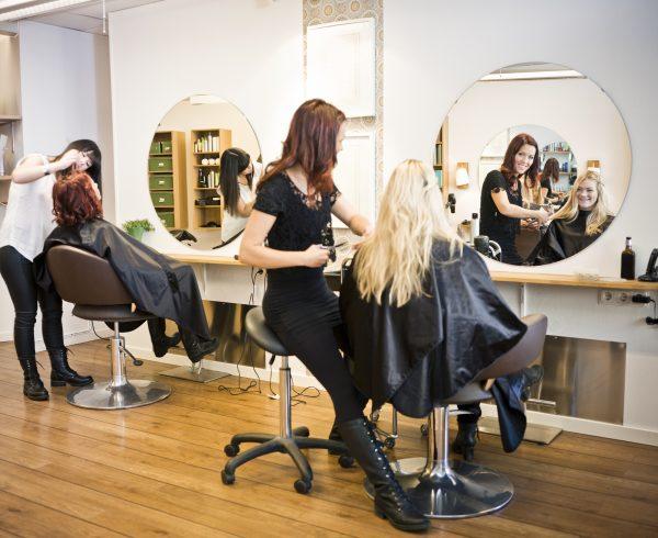 תוספות שיער מדבקות מחיר
